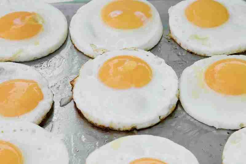Calorías de un huevo frito